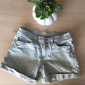 Gap light wash cuffed shorts size 5 (CE)